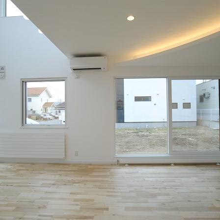 デザイン天井が素敵な 収納がたっぷりある家