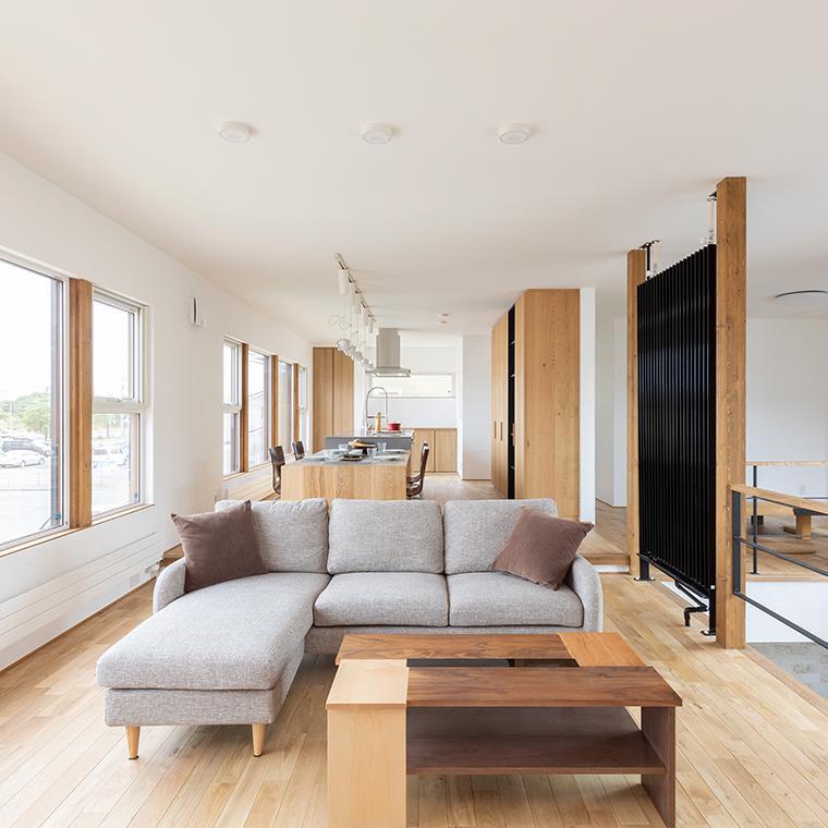 自然素材にこだわった暮らしを楽しむ家