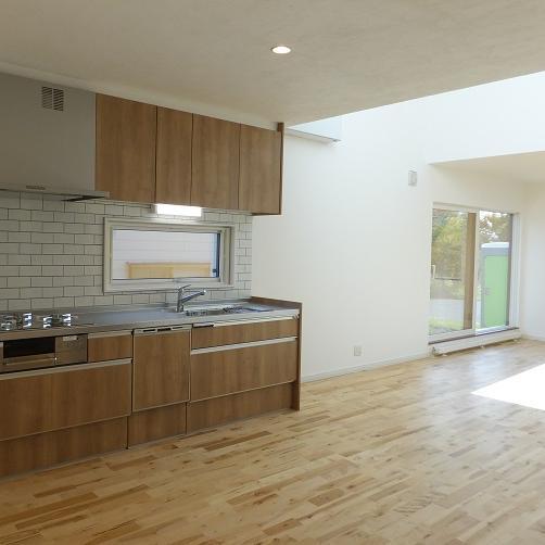 登別市/開放感のある23.5帖 大空間LDKの家