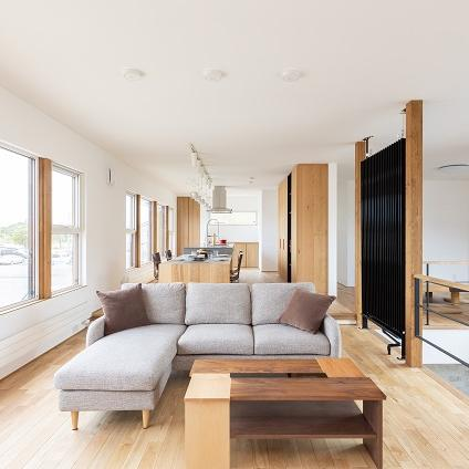 苫小牧市/自然素材にこだわった 暮らしを楽しむ家